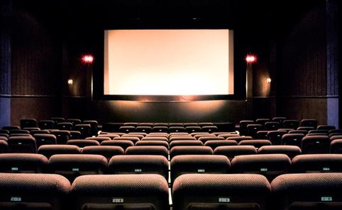 彼女が欲しい人がデートで行く場所、映画
